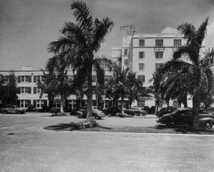 The-Riverside-Hotel-1940